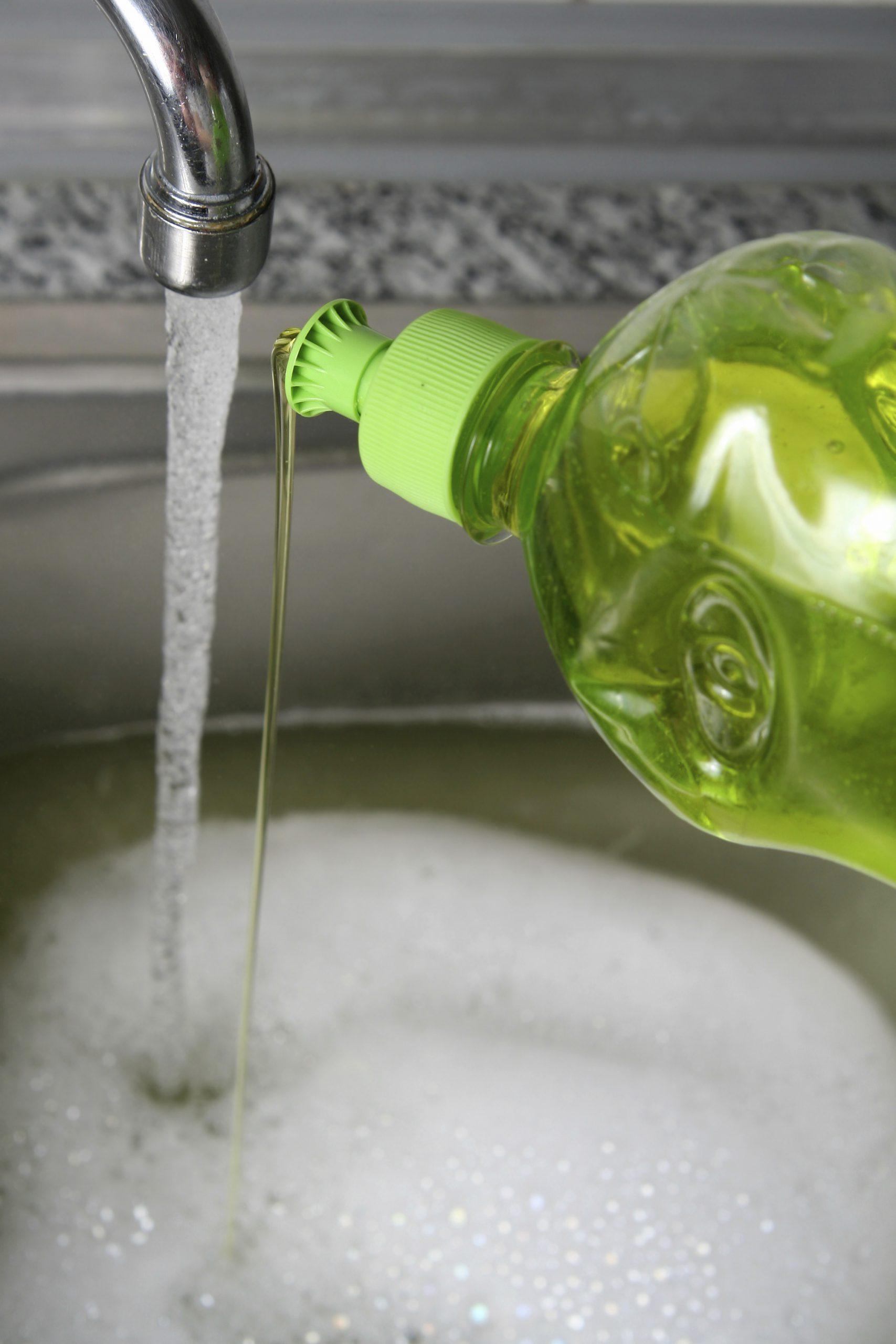 Productos químicos de formulación para lavavajillas